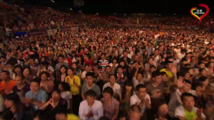 Pelton crowd of people